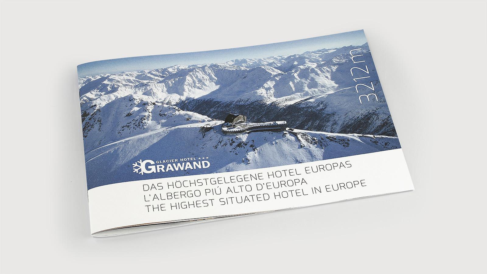 Glacier_Hotel_Grawand